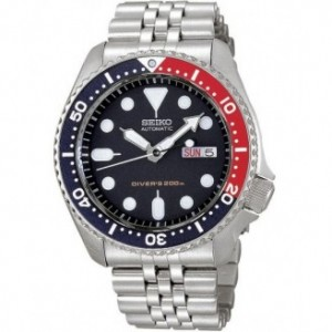 Seiko Men's SKX009K2 Diver's Automatic Blue Dial Watch
